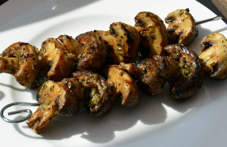 Marinated Mushrooms in Garlic