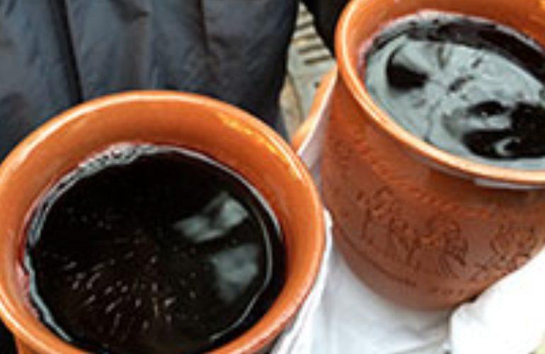 traditional drinks on christmas market