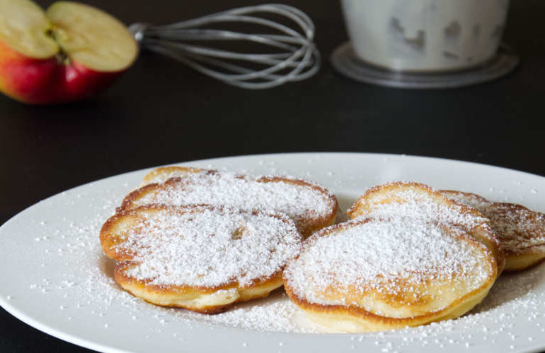 Polish pancakes with apples