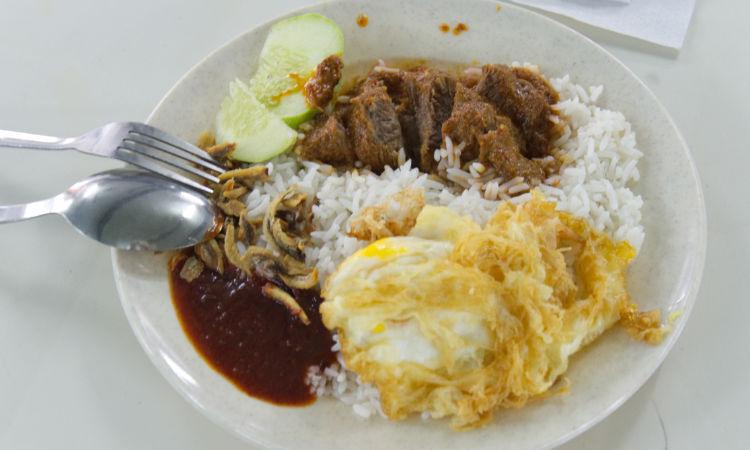 Beef Rendang street food in kuala lumpur