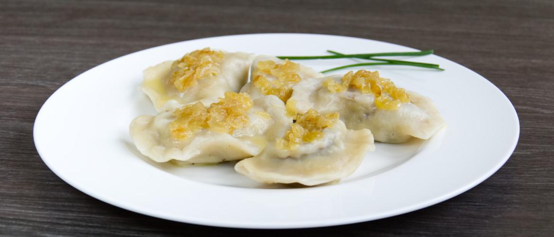 Polish dumplings with meat – Pierogi z miesem